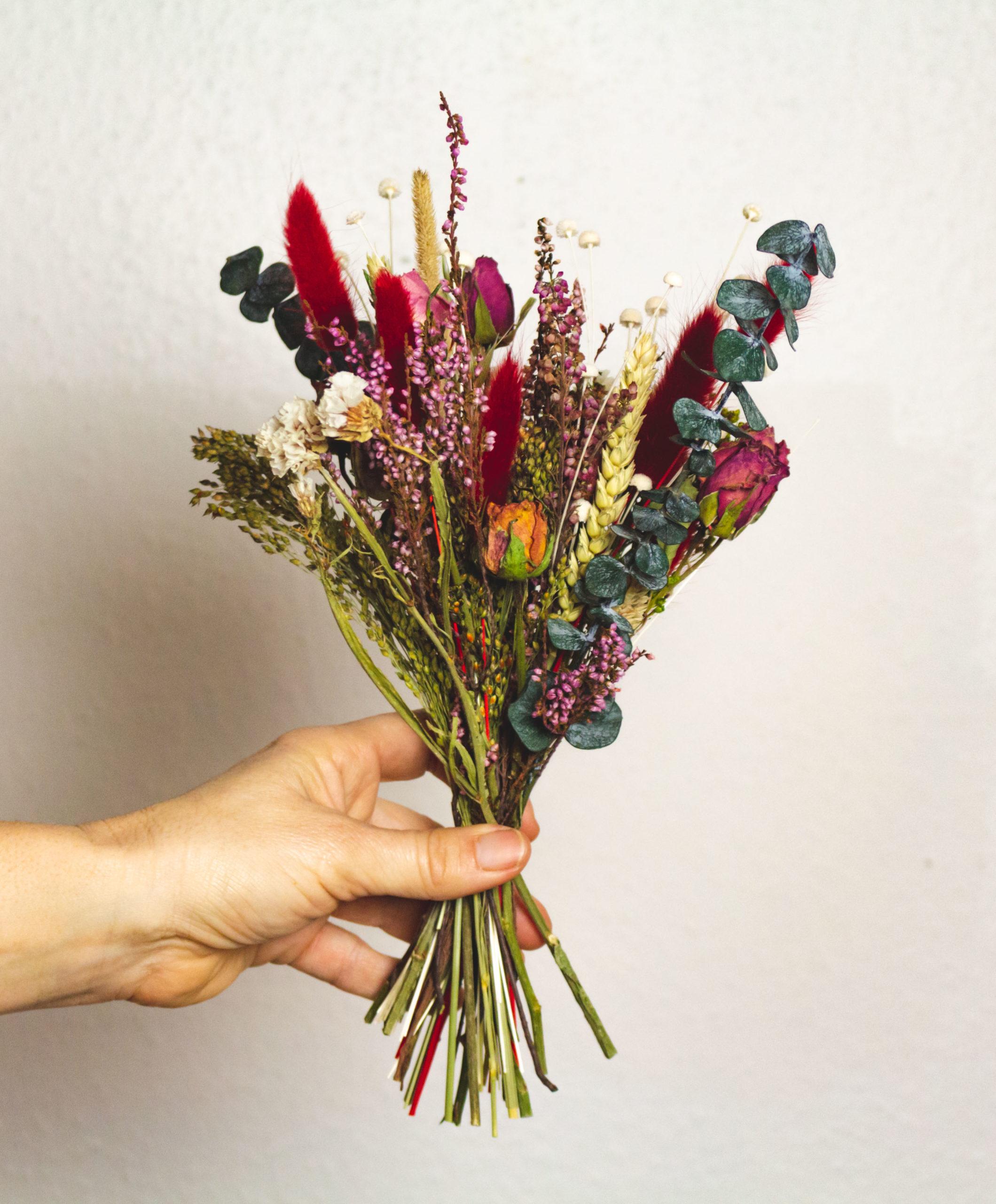 Bouquet de fleurs séchées Rubis