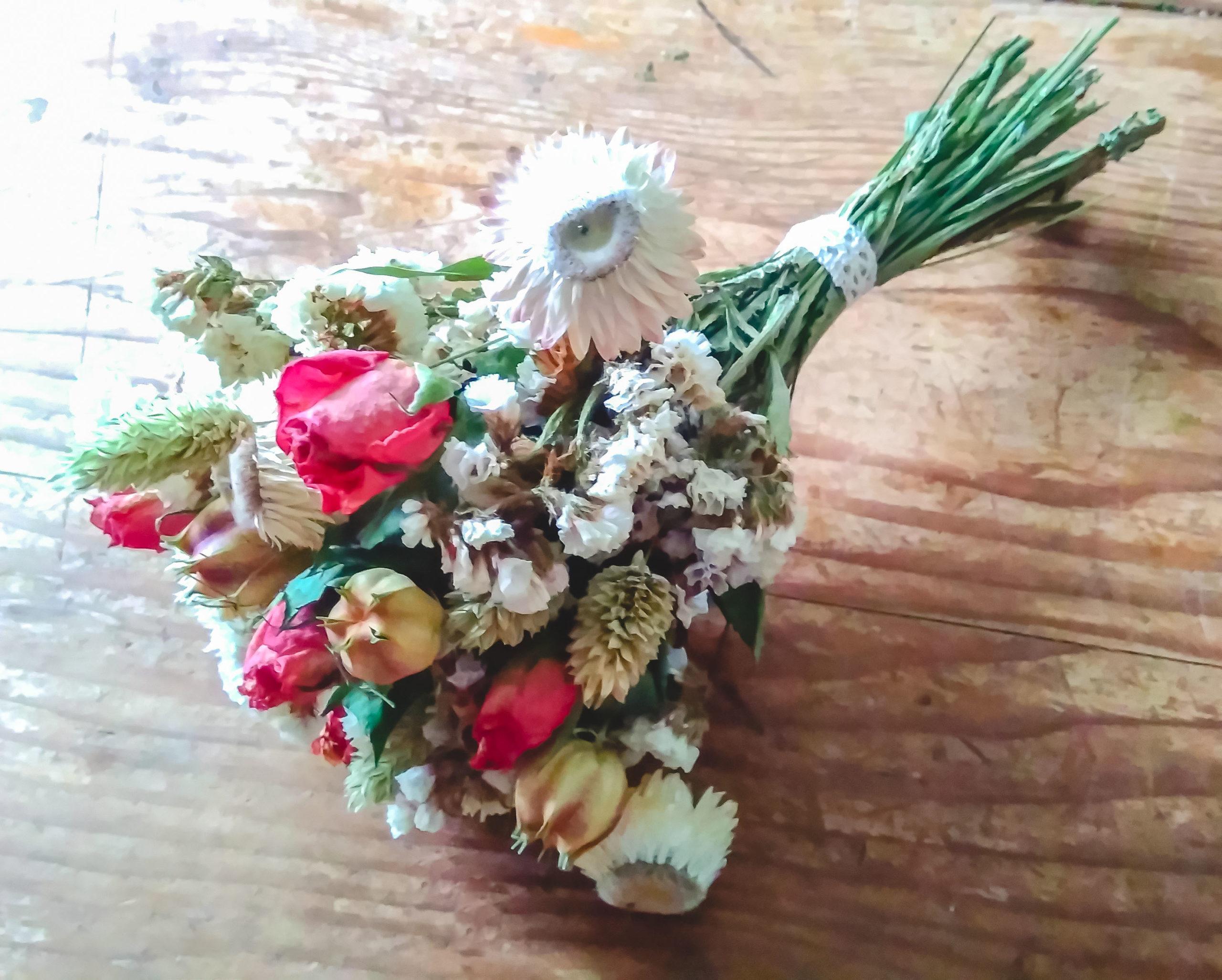 Bouquet de fleurs séchées Topaze